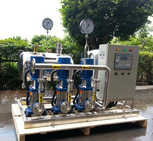 如何配置高层建筑二次加压变频供水设备?